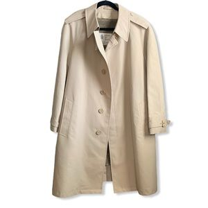 LONDON FOG • Tan Cotton Lined Belted Trench Coat